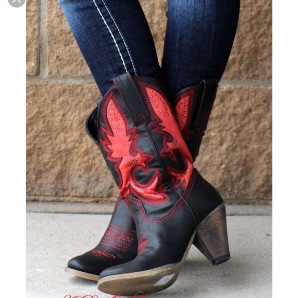 4c10ad8f2c65 NWOT Very Volatile rio grande Cowboy boot. M 5a845cdb8df470807b109bb6